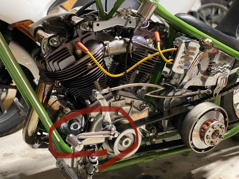 クラッチの内部システムにも大きく2種類あって、乾式と湿式があります。